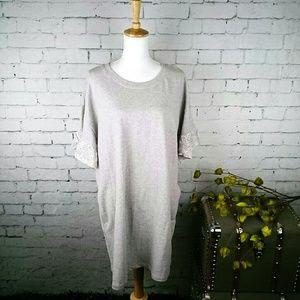 NWT Sanctuary sweatshirt dress w/ pockets and lace